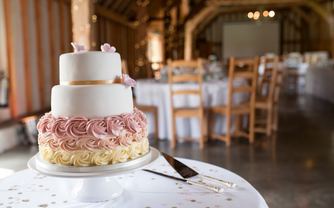 Why you need a wedding cake designer