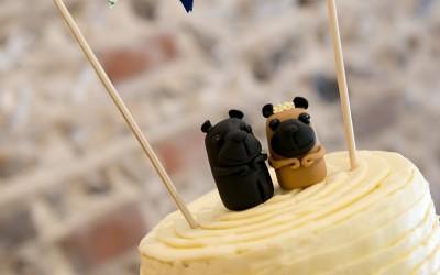 Fondant or Buttercream Wedding Cake?
