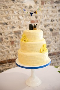 fondant icing buttercream wedding cake